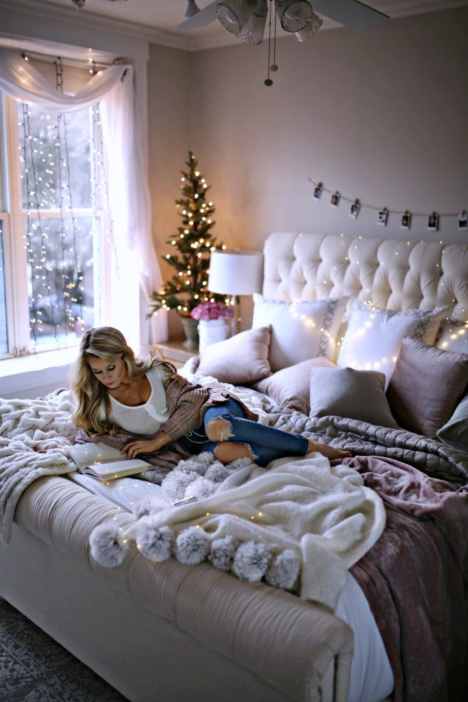7 Holiday Decor Ideas for Your Bedroom - Welcome to Olivia ...