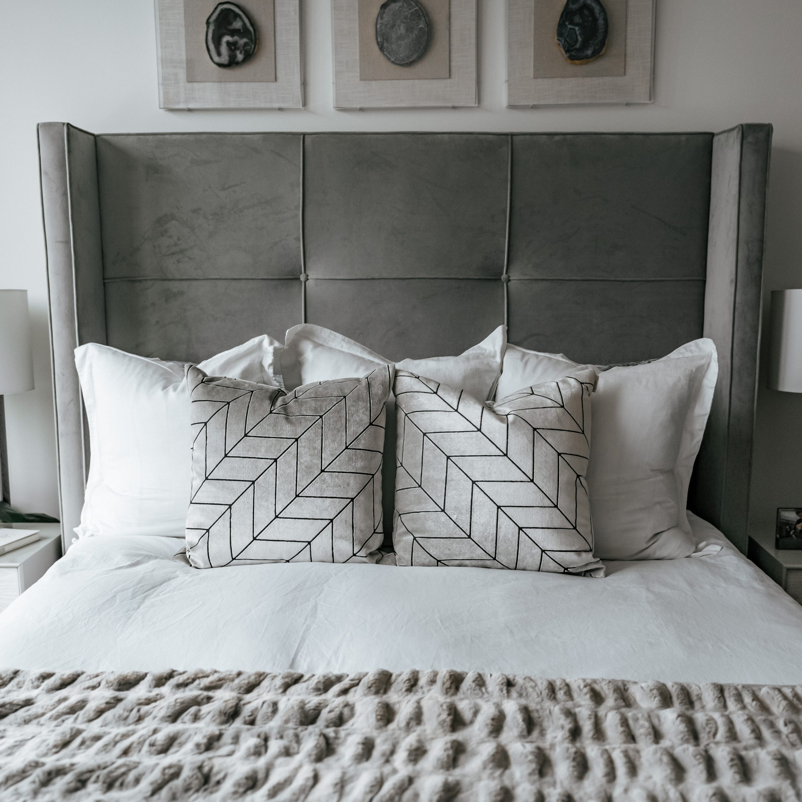 Brooklinen, nyc apartment, best sheets, olivia rink bedroom, olivia rink apartment, olivia rink bedroom, brooklinen sheets, affordable sheets, new york life, new york apartment, nyc living, west elm, kathy kuo home, home decor, bedroom decor