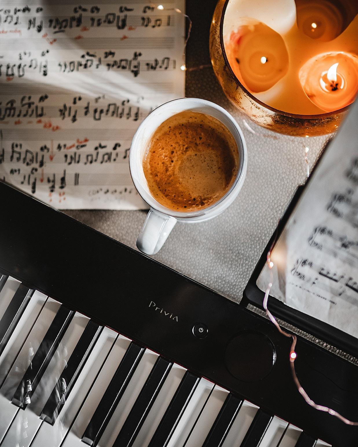 casio keyboard, casio, casio america, keyboard, christmas gift ideas, 2020 christmas gift ideas, digital keyboard, olivia rink keyboard, olivia rink piano, piano